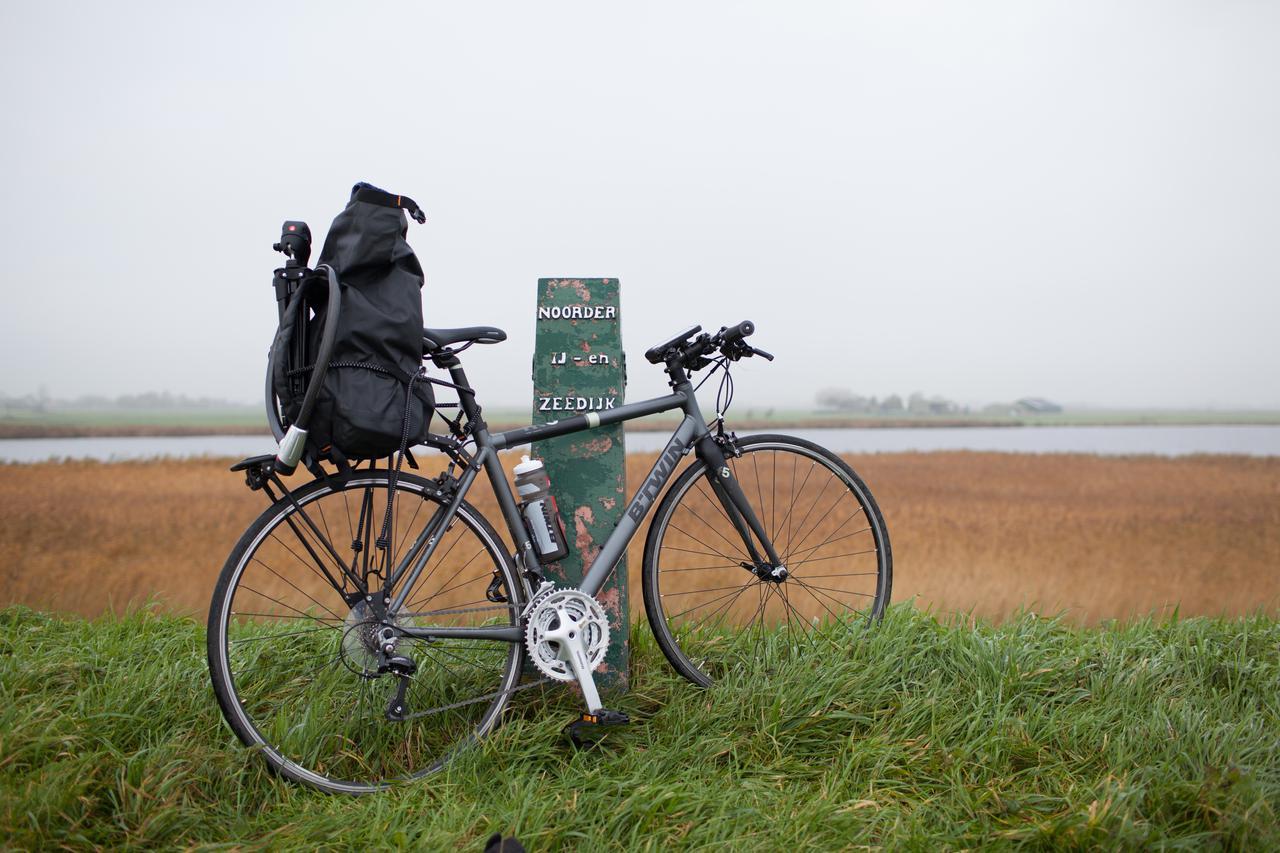 bike trip to marken no fuss. Black Bedroom Furniture Sets. Home Design Ideas